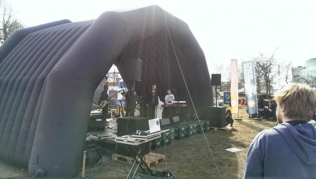 Magnolia Shoals på Tak Rock-scenen